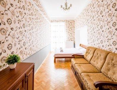 602456800_3_1000x700_avangard-nalyvaika-apartment-kvartiry-posutochno-pochasovo[1]